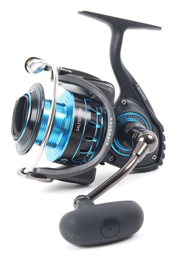 Daiwa saltist3500 saltist spinning reel tackledirect for Daiwa fishing reels