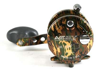 Avet MXJ 5.8 MC Single Speed Lever Drag Casting Reel Camo