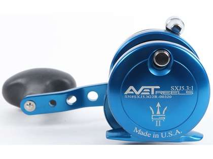 Avet SXJ G2 5.3 Single Speed Reel - Blue (Blemished)