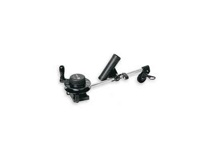 Scotty 1050DPR Depthmaster Downrigger w/Rod Holder